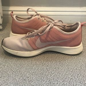 Nike Pale Pink Sneakers Size 7.5 EUC